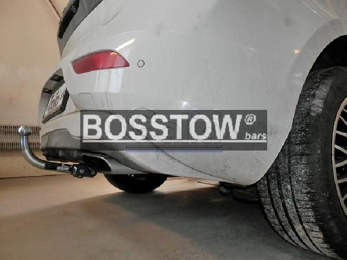 Anhängerkupplung für Volvo-V40 - 2012- Kombi, speziell Cross Country Ausf.:  horizontal