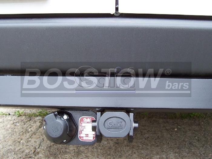 Anhängerkupplung für VW-Crafter I - 2006-2017 30-35, Kasten, Radstd. 4325mm, Fzg. ohne Trittbrettst. Ausf.:  horizontal