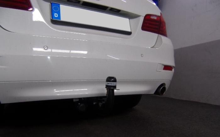 Anhängerkupplung BMW 5er Limousine F10, Baureihe 2014-  vertikal