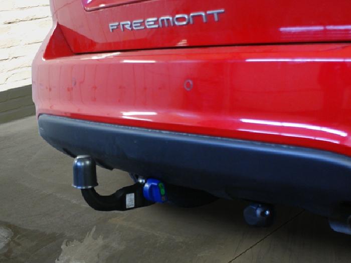 Anhängerkupplung für Fiat-Freemont - 2012- Cross Ausf.:  vertikal