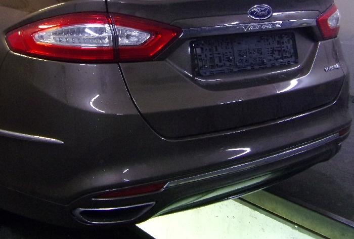 Anhängerkupplung Ford Mondeo Limousine- Vignale, spez. Hybrid nur für Heckträgerbetrieb, Baureihe 2014-  vertikal