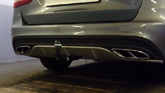 Anhängerkupplung für Mercedes-AMG-AMG C450 - 2015-2016 Kombi S205 Ausführung C45 (vorab Anhängelastfreigabe prüfen) Ausf.:  vertikal