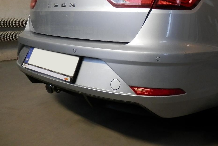 Anhängerkupplung für Seat-Leon - 2018- ST Kombi Ausf.:  horizontal