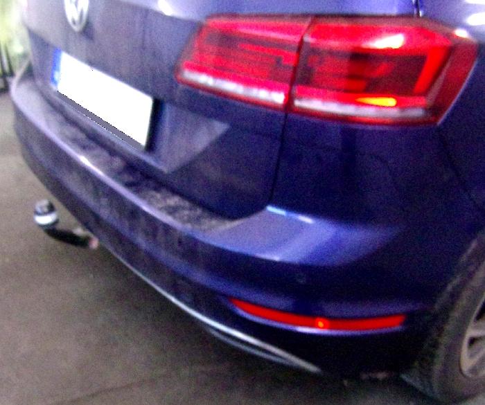 Anhängerkupplung für VW-Golf - 2018- VII Sportsvan Ausf.:  vertikal