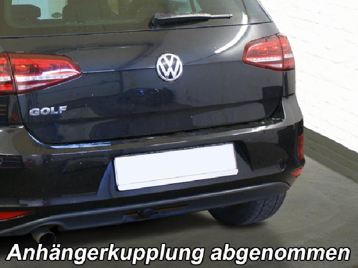 Anhängerkupplung VW Golf VII Limousine, nicht 4x4, Baureihe 2014-2017  vertikal