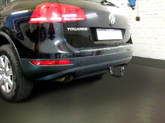 Anhängerkupplung für VW-Touareg - 2005-2010 f. Fzg. m. Reserverad am Boden Ausf.:  vertikal